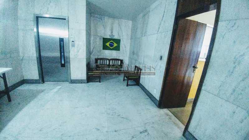 20180630_115625 - Apartamento Vazio de andar alto e vistão verde. Sala intima e estar.3 Quartos, lavabo, Bn social e dependência completa - GIAP30914 - 19