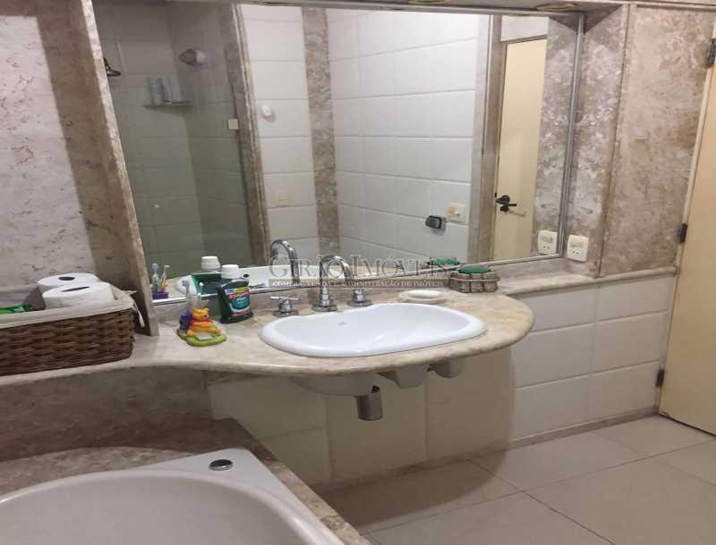 17 - 2º Banheiro - paisagem - Apartamento À Venda - Copacabana - Rio de Janeiro - RJ - GIAP30919 - 18