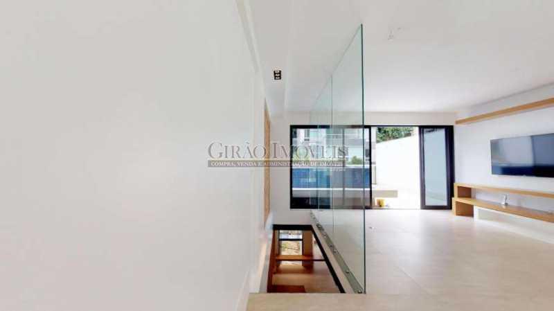 SALA 2°PISO - Maravilhosa cobertura Duplex, em prédio novo e reservado de excelente apresentação. Toda decorada por arquiteto, tendo 3 suite e 3 vagas escrituradas - GICO30078 - 18