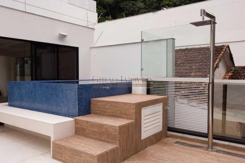TERRAÇO 1 - Maravilhosa cobertura Duplex, em prédio novo e reservado de excelente apresentação. Toda decorada por arquiteto, tendo 3 suite e 3 vagas escrituradas - GICO30078 - 20