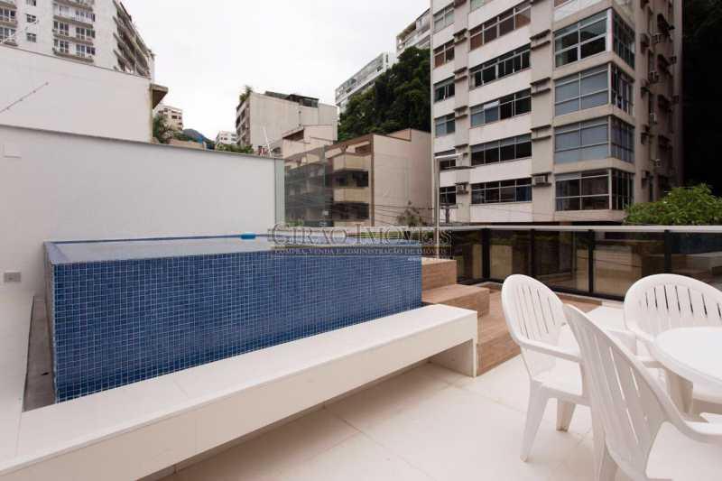 DECK TERRAÇO 1 - Maravilhosa cobertura Duplex, em prédio novo e reservado de excelente apresentação. Toda decorada por arquiteto, tendo 3 suite e 3 vagas escrituradas - GICO30078 - 22