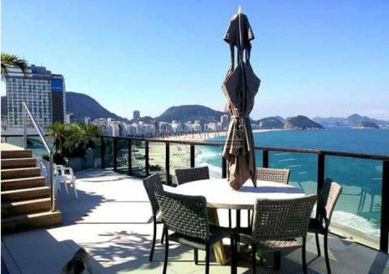 IMG_1267 - Belíssima Cobertura na Atlântica, Frontal Mar. Terraço com Deck-piscina.3 Vagas de Garagem - GICO40069 - 1