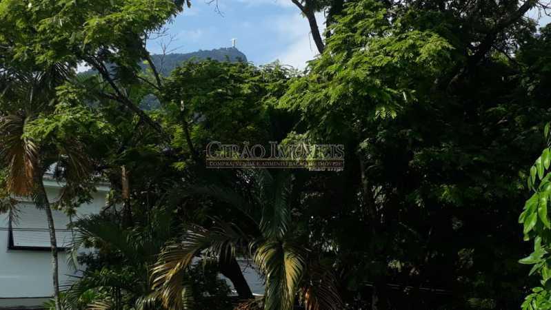 ca35fe31-9586-4477-a981-0d8b19 - Casa triplex no Jardim Botanico, 05 quartos sendo 02 suítes, vaga para 04 carros. - GICN50003 - 29