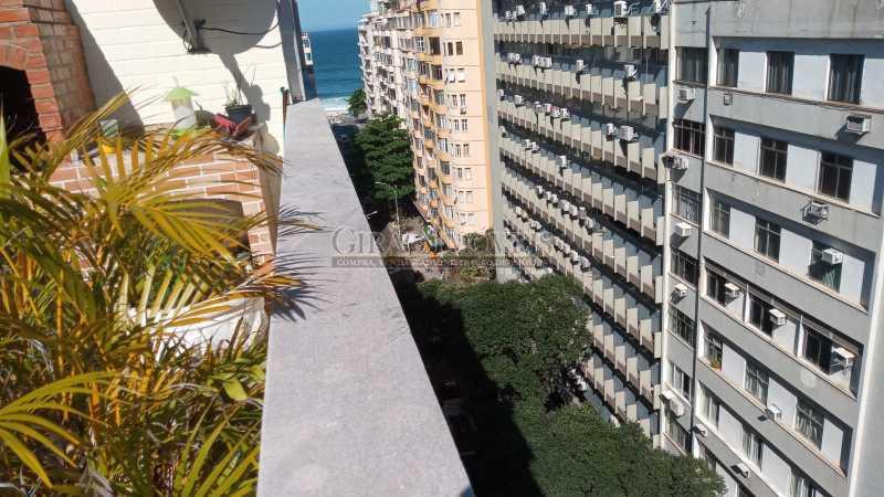 2 - Cobertura duplex em excelente localização, 04 quartos(01 suíte) e 01 vaga de garagem - GICO40075 - 4