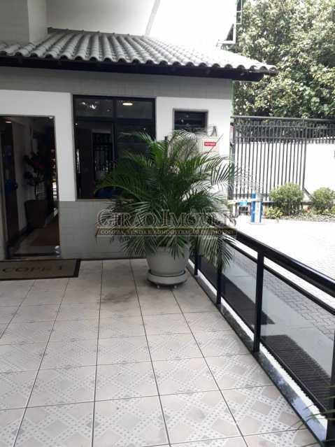 7 - Salas comerciais (cobertura) em excelente localização na Barra da Tijuca. - GICB00003 - 12