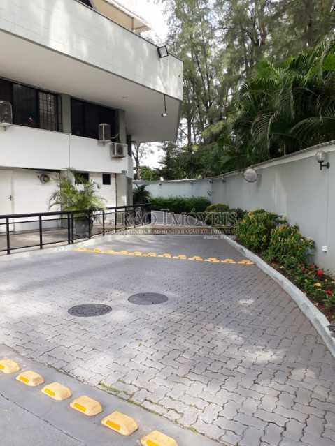 21 - Salas comerciais (cobertura) em excelente localização na Barra da Tijuca. - GICB00003 - 26