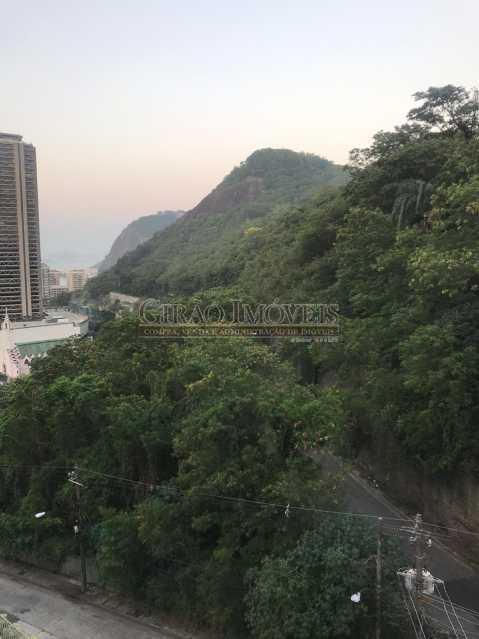 12 - Vista espetacular para mar de Botafogo e verde, 03 quartos (01 suíte) e vaga de garagem. - GIAP31487 - 13