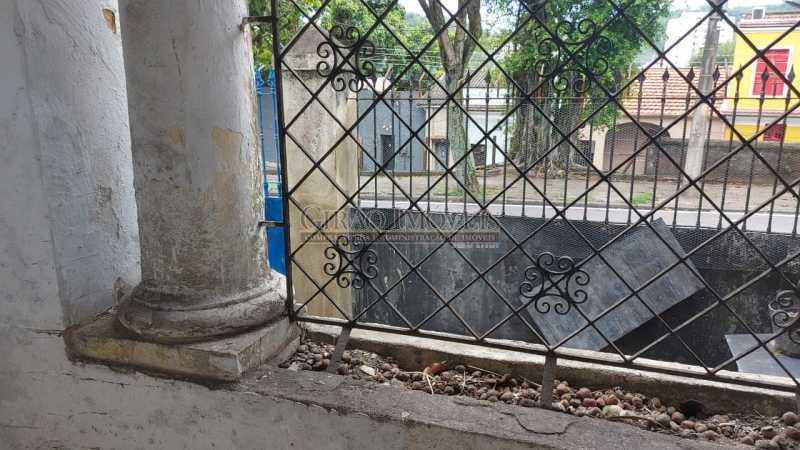 21 - Excelente casa em Laranjeiras, tombada pelo decreto de César Maia(1997), 03 quartos, servindo para moradia ou comércio. - GICA30017 - 22