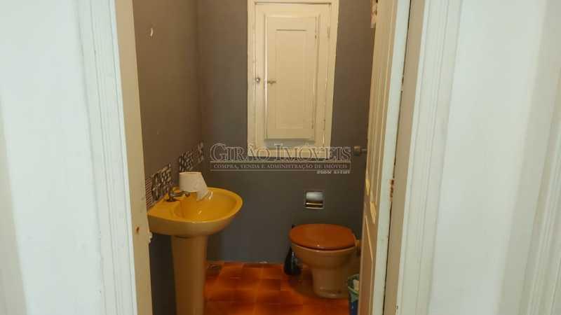 22 - Excelente casa em Laranjeiras, tombada pelo decreto de César Maia(1997), 03 quartos, servindo para moradia ou comércio. - GICA30017 - 23