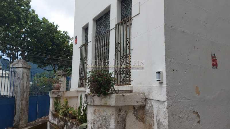 27 - Excelente casa em Laranjeiras, tombada pelo decreto de César Maia(1997), 03 quartos, servindo para moradia ou comércio. - GICA30017 - 28