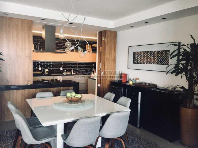 3 - Apartamento frontal Lagoa, vista cinematográfica, 03 quartos(01 suíte), dependências completas, 01 vaga de garagem na escritura. - GIAP31510 - 8