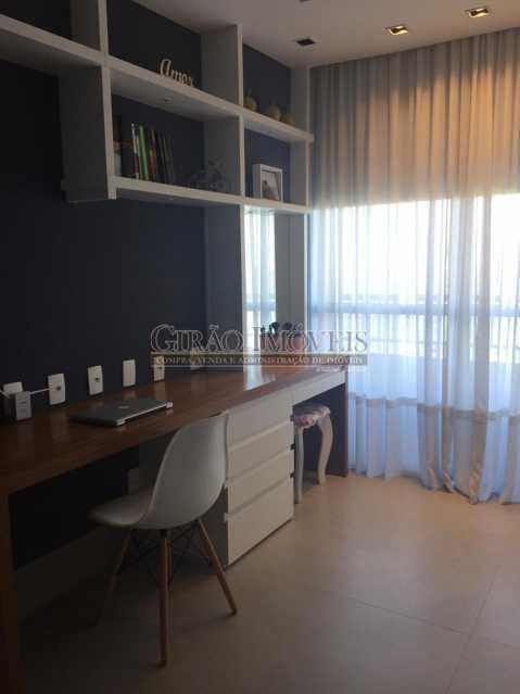 5 - Apartamento frontal Lagoa, vista cinematográfica, 03 quartos(01 suíte), dependências completas, 01 vaga de garagem na escritura. - GIAP31510 - 10