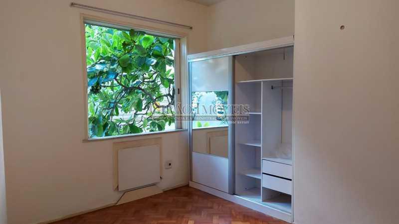 8 - Apartamento com 02 quartos com armários em ótima localização. - GIAP21291 - 10