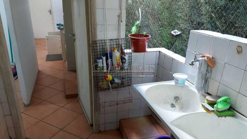 17 - Apartamento com 02 quartos com armários em ótima localização. - GIAP21291 - 21