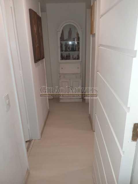 15 - Apartamento com 02 quartos(01 suíte), varandas, dependências completas, 01 vaga de garagem. - GIAP21292 - 14