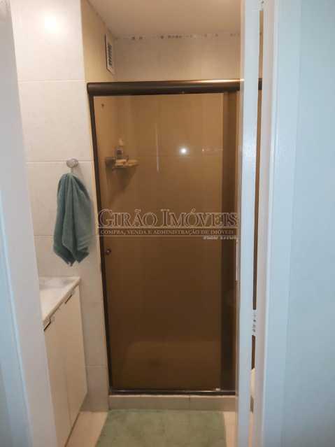 21 - Apartamento com 02 quartos(01 suíte), varandas, dependências completas, 01 vaga de garagem. - GIAP21292 - 25