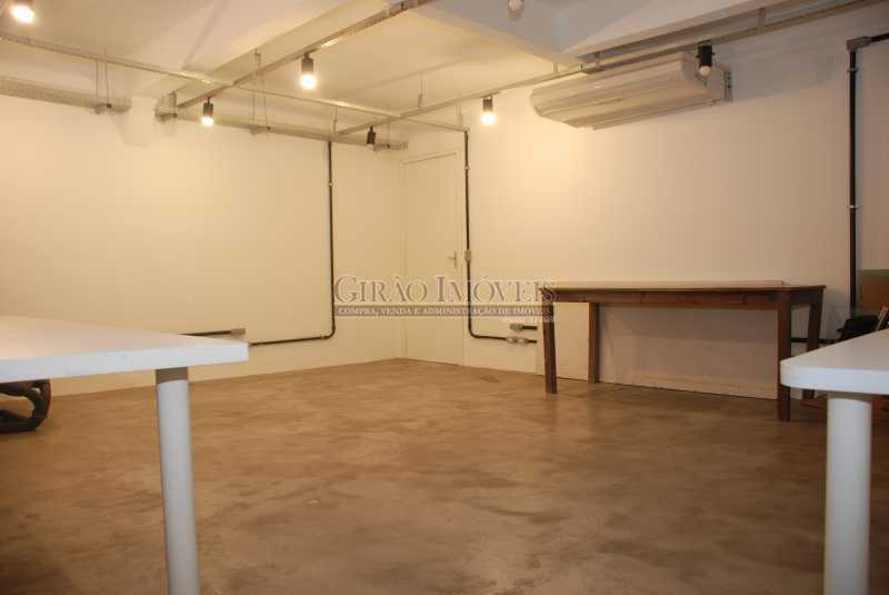 10 sala mezanino 2 - Casa comercial, isenta de IPTU, centro da cidade. - GICC00003 - 11