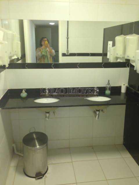 13 banheiro mezanino - Casa comercial, isenta de IPTU, centro da cidade. - GICC00003 - 14
