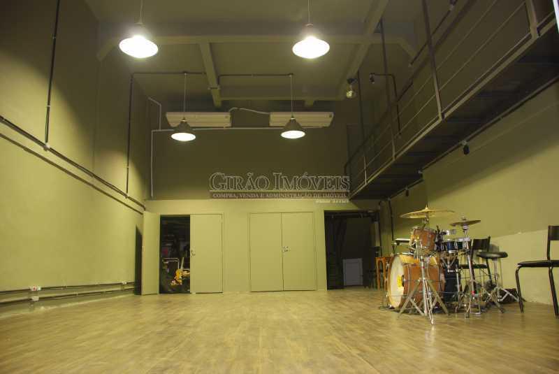 22 sala multiuso - Casa comercial, isenta de IPTU, centro da cidade. - GICC00003 - 23