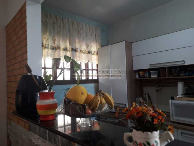 3a - Casa em condomínio, porteiro 24 horas, luxuosa, 04 suítes, cozinha americana, lavanderia, despensa, lareira, forno a lenha. - GICN40014 - 5