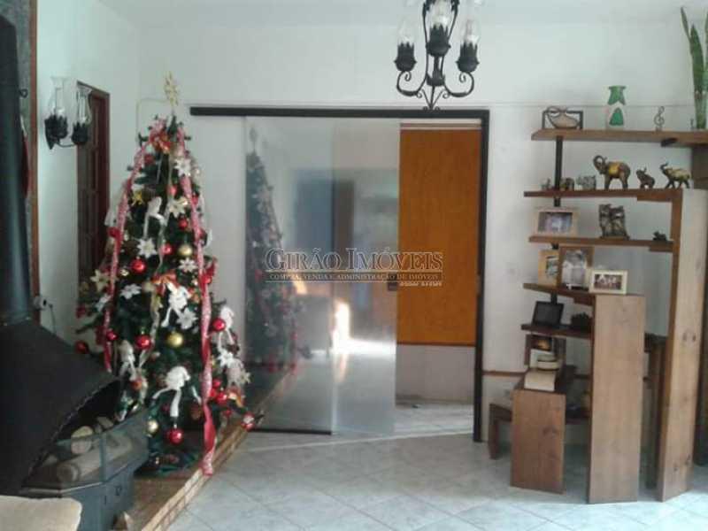 5 - Casa em condomínio, porteiro 24 horas, luxuosa, 04 suítes, cozinha americana, lavanderia, despensa, lareira, forno a lenha. - GICN40014 - 6