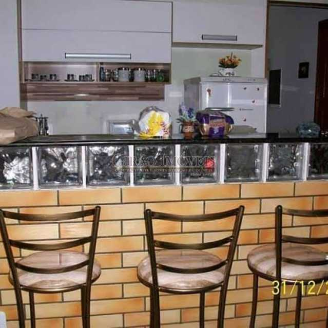 6 - Casa em condomínio, porteiro 24 horas, luxuosa, 04 suítes, cozinha americana, lavanderia, despensa, lareira, forno a lenha. - GICN40014 - 7