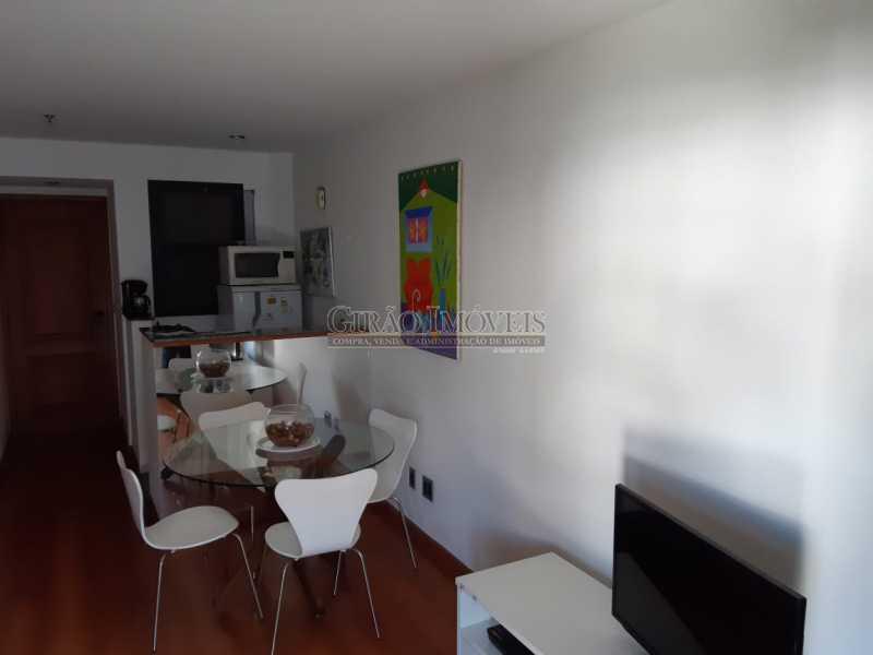 7 - Apart-Hotel, com 55m², todo mobiliado, juntinho ao Arpoador, sala e quarto com 01 vaga de garagem. - GIFL10049 - 8