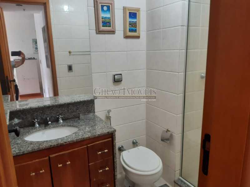 9 - Apart-Hotel, com 55m², todo mobiliado, juntinho ao Arpoador, sala e quarto com 01 vaga de garagem. - GIFL10049 - 13