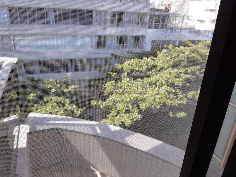 12 - Apart-Hotel, com 55m², todo mobiliado, juntinho ao Arpoador, sala e quarto com 01 vaga de garagem. - GIFL10049 - 16