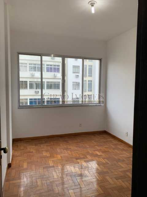 1 - Quarto e sala em ótima localização, próximo a estação do Metrô Arcoverde e praia de Copacabana. - GIAP10724 - 3