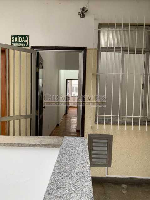 15 - Quarto e sala em ótima localização, próximo a estação do Metrô Arcoverde e praia de Copacabana. - GIAP10724 - 18