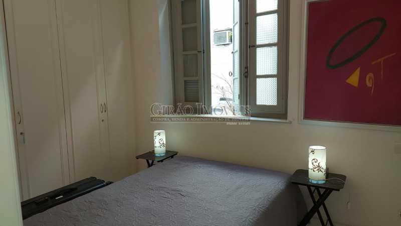 quarto com box para banho - Dois quartos no Leblon - GIAP21344 - 7