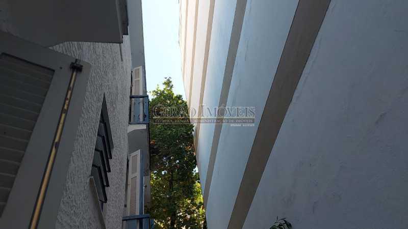 vista lateral indevassável - Dois quartos no Leblon - GIAP21344 - 8