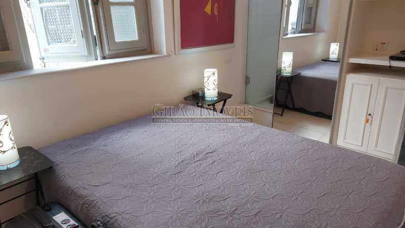 quarto com box para banho - Dois quartos no Leblon - GIAP21344 - 17