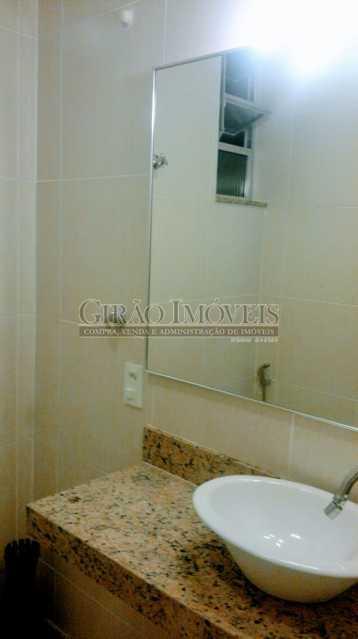 espelho do banheiro - Coração de Copacabana - GISL00110 - 13