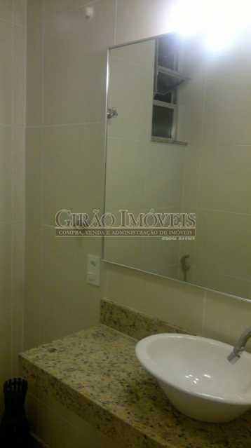 espelho do banheiro - Coração de Copacabana - GISL00110 - 24