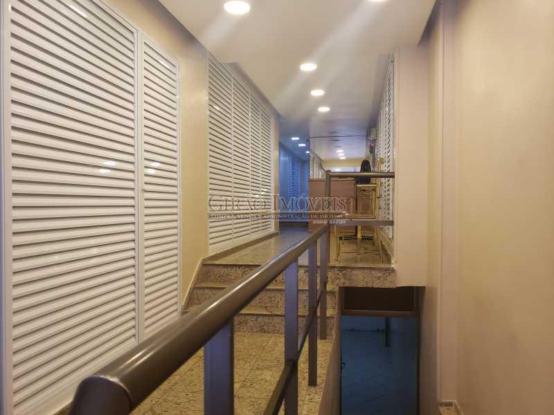 20210219_150450 - Apartamento à venda Copacabana, Rio de Janeiro - R$ 330.000 - GIAP00176 - 3