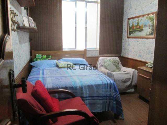 10 - Frente, andar médio, salão em 3 ambientes, 4 dormitorios, sendo 2 suites, e 1 closet, copacozinha gigante, dependencias completas, mais 2 banheiros sociais, planta de cinema, desafio achar um imovel com 4 banheiros em uma planta confortável, dependencias - GIAP40051 - 11