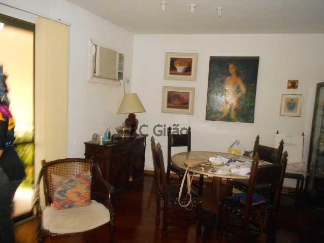 5 - Cobertura duplex, 03 quartos (01 suíte), piscina, dependências completas, 01 vaga de garagem na escritura. - GICO30026 - 7
