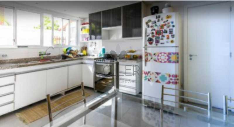 17 - Casa em Condomínio Rua Arthur Bernardes Filho,Barra da Tijuca, Rio de Janeiro, RJ À Venda, 4 Quartos, 370m² - BT-AB4002 - 18