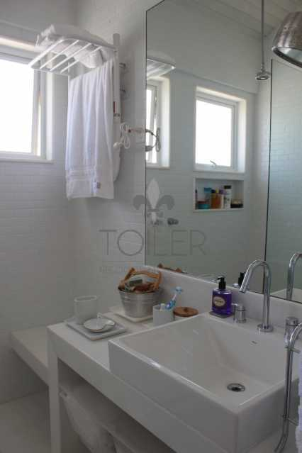 15 - Casa em Condominio Estrada Cabo Frio Búzios,Rasa,Armação dos Búzios,RJ À Venda,8 Quartos,464m² - BZ-VB8001 - 16