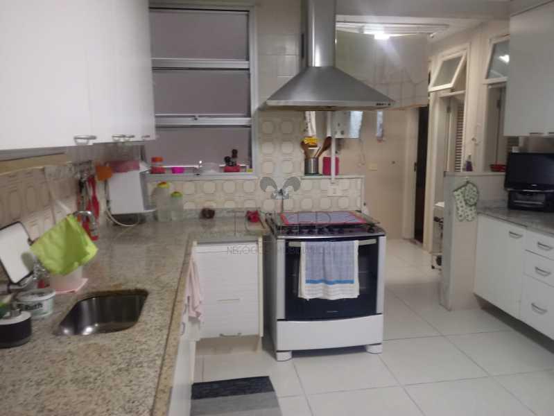 18 - Apartamento à venda Avenida Atlântica,Copacabana, Rio de Janeiro - R$ 2.700.000 - CO-AA4039 - 19
