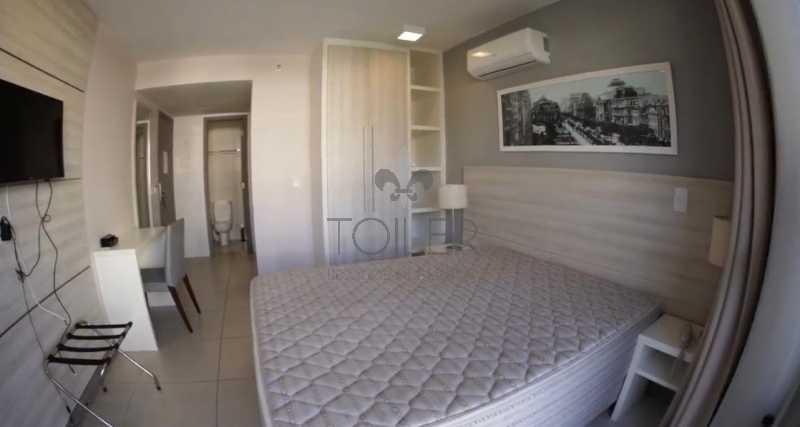 01 - Flat à venda Avenida das Américas,Recreio dos Bandeirantes, Rio de Janeiro - R$ 350.000 - RE-AA1001 - 1