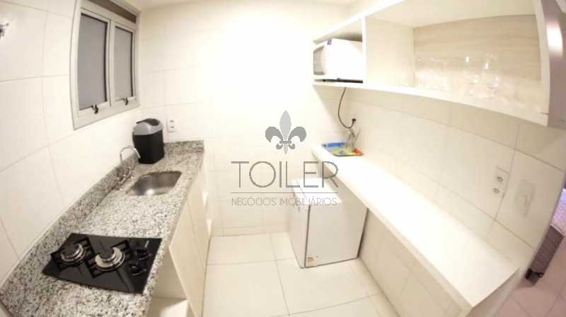 06 - Flat à venda Avenida das Américas,Recreio dos Bandeirantes, Rio de Janeiro - R$ 350.000 - RE-AA1001 - 7
