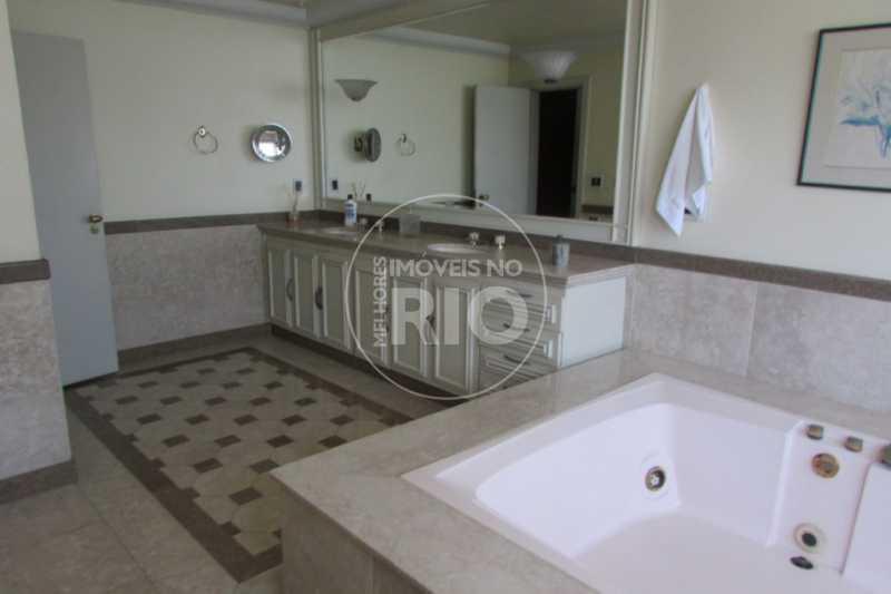 Imobiliária Casas na Barra - Casa 4 quartos no Condomínio Jardim Barra da Tijuca - CB0562 - 19
