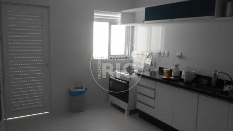 Melhores Imóveis no Rio - COND. RIO MAR - CB0577 - 21