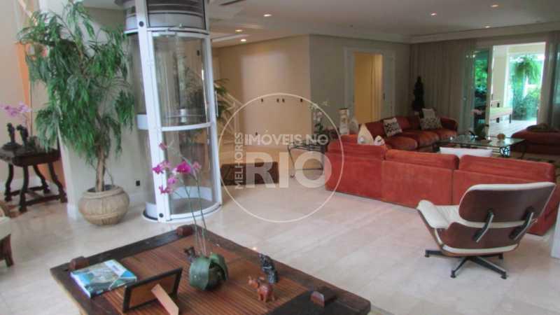B2A - Casa 6 quartos no Condomínio Pedra de Itaúna - CB0603 - 10