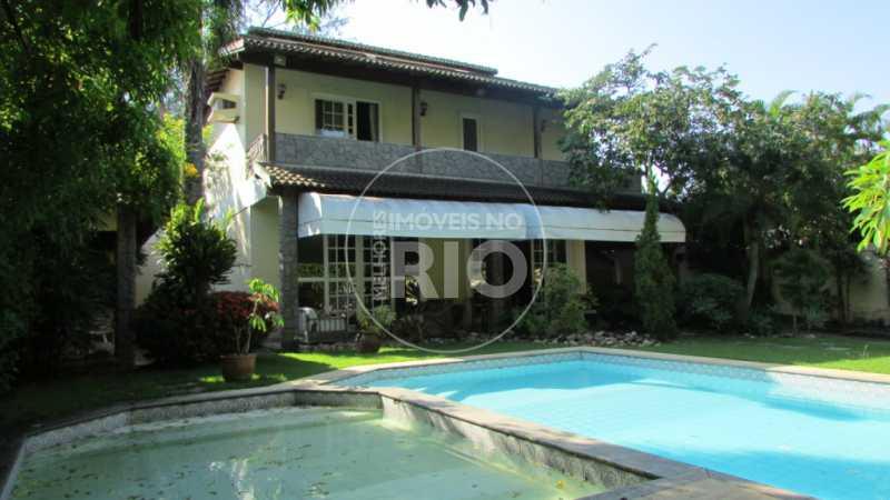 Melhores Imóveis no Rio - Casa 4 quartos no Condomínio Alameda dos Eucaliptos - CB0636 - 1