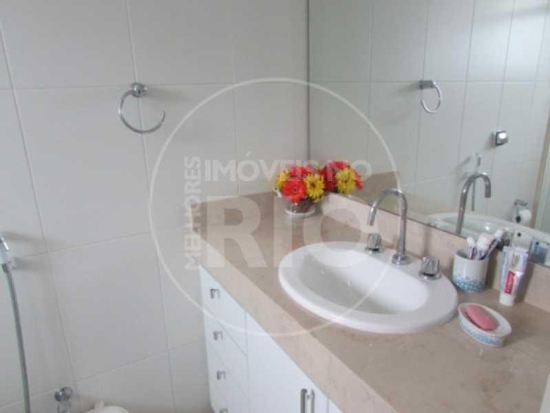 Melhores Imóveis no Rio - Casa À Venda no Condomínio Interlagos de Itaúna - Barra da Tijuca - Rio de Janeiro - RJ - CB0255 - 19