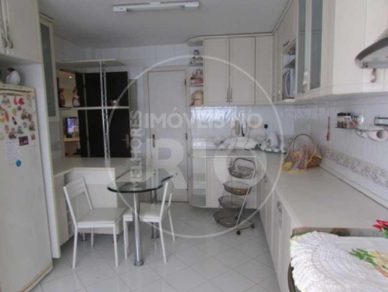 Melhores Imóveis no Rio - Casa 5 quartos no Condomínio Rio Mar - CB0273 - 26